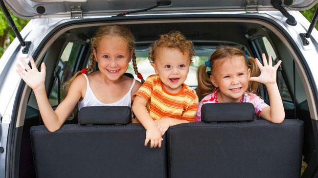 wysylanie malych dzieci do holandii busami
