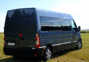 Nasze auta wyposażone są w WiFi, klimatyzację oraz DVD. Z nami podróż do Holandii jest przyjemnością !